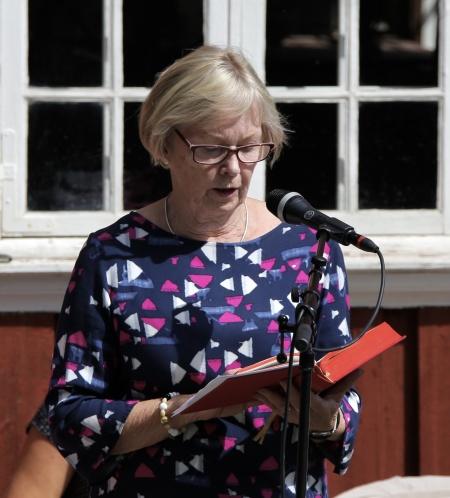 Birgitta Ringsby läste en text.