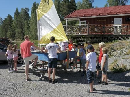 Båtklubben Rävarnas seglarskola i Sandviken.