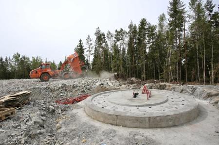 18 juli 2018 - Här skapas arbetsytan vid fundament 9.
