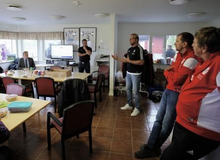 Jörgen Nordmarker, v ordf i Värmlands Fotbolls-förbund, såg konstgräsplanen som en värdefull satsning för framtiden . . .