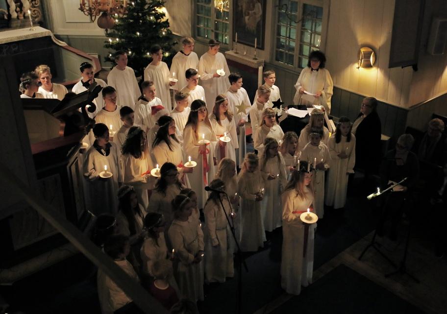 13 december 2018 - Stämningsfullt Luciafirande i Töcksmarks kyrka.