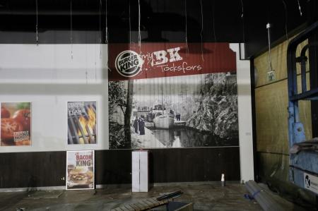 11 januari 2019 - I gamla Burger King fanns en fototapet med historiskt motiv från bygden.