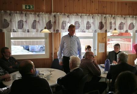 Daniel Schützer, nuvarande kommunalråd i Årjängs kommun, uttryckte stor tillfredsställelse med att byggnationen av ny tullstation nu är igång.