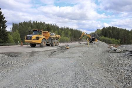 7 maj 2019 - Här byggs nya påfarten till E18.