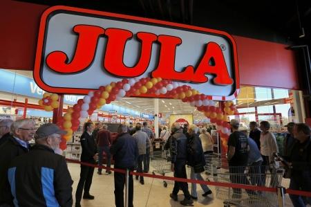15 maj - Premiärfesten fortsatte i nya JULA varuhuset i Töcksfors.