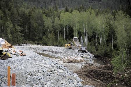 23 maj 2019 - Här byggs en dagvattendamm.