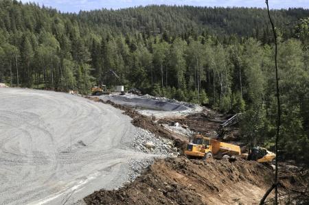 1 juli 2019 - Byggnation av dagvattendamm.