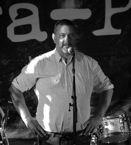 Lars Gustafsson invigde Kulturladan.