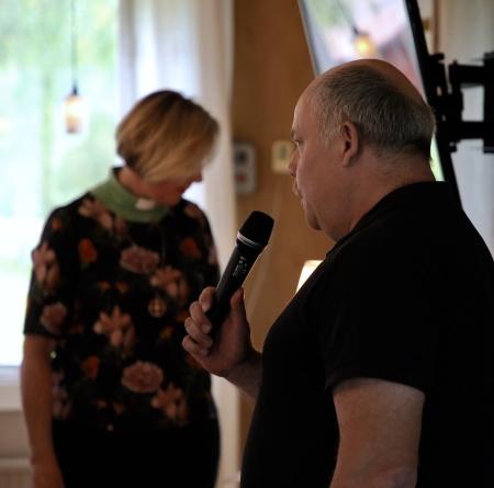 Jörgen Stomberg visade sin film från Töcksfors sågverk och berättade om arbetet på Sågen.