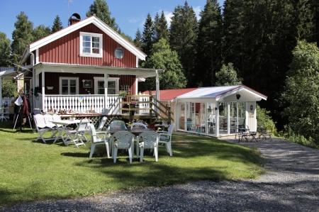 Töcksfors Camping & Fritid samarbetar med Selmas Sommarcafé i Sandviken . . .