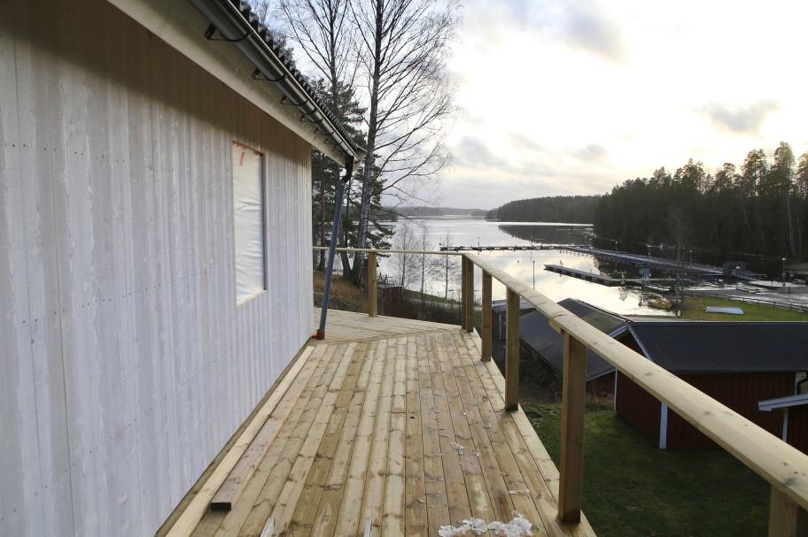 Ny stuga med självhushåll under uppbyggnad - klar till säsongen 2020. Bästa utsikten.