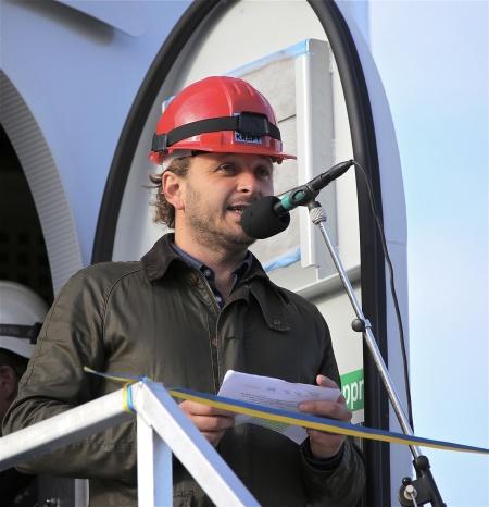 Invigningsceremoni - VD Thomas Linnard Rabbalshede Kraft AB höll ett informativt inledningstal.