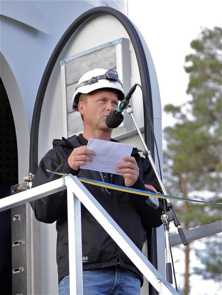 Invigningsceremoni - nästa talare var Björn Johansson från Vestas, som levererat vindkraftverken.