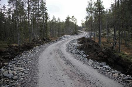 19 november 2013 - nybyggd väg som leder fram till vindkraftverken 6 - 9.