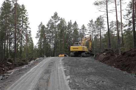 24 februari 2014 - vägarna breddas på vissa ställen för att möjliggöra kommande transporter.