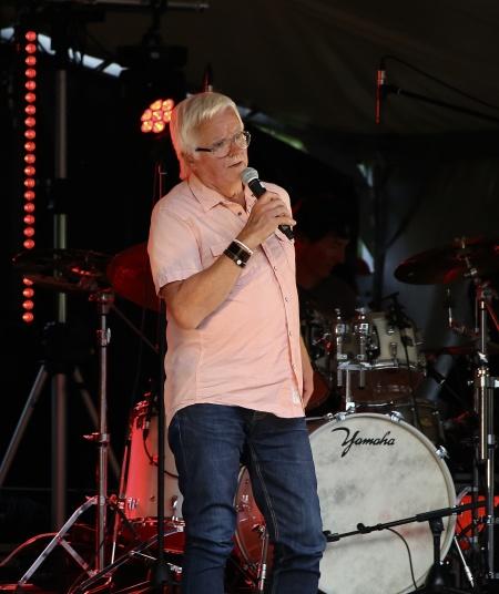 """Ingmar Nilsson sjöng """"Molly"""", bandet Lill-Ingmars största hit."""
