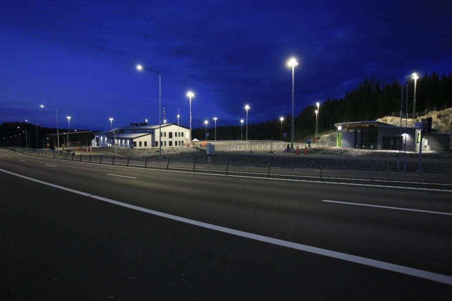 23 juni 2020 - Nya tullstationen vid E18 nära norska gränsen, några timmar innan första långtradaren styrde in på området för deklarering av gods.