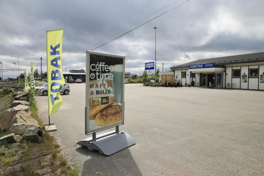 11 juni 2021 - EUROTAX vid gränsenär redo att ta emot kunderna,nu när det blir lättareför våra grannar i väst att komma till Sverige och handla. Kravet att sitta i karantän vid återresa till Norge togs bort för de som är fullt vaccinerade mot covd19.