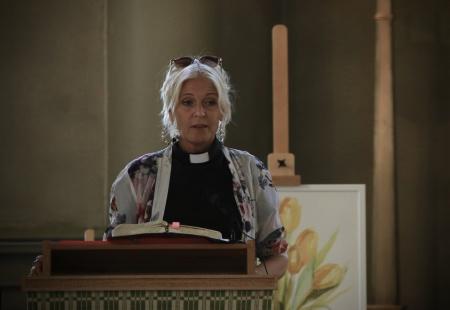Sophia Paulsson Sjödin hälsade alla välkomna till Silleruds kyrka.