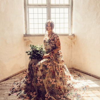 Weddingdress : Frida Jonsvens - Photo : Annie Hyrefeldt