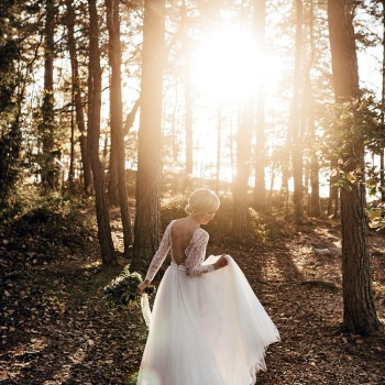 Weddingdress : Frida Jonsvens - Photo : Karin Lundin