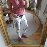 Blommiga jeans