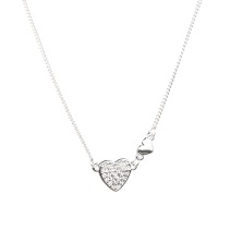 Kort halsband med hjärta