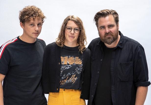 Charlie Gustafsson, Josefine Neldén och  Mattias Nordkvist  spelar i Vår tid är nu