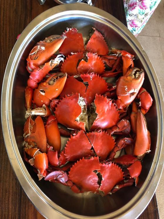 Krabba till middag på Sangat Island