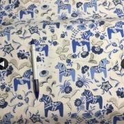 blå/vit dalahäst 56/58