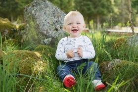 Fotografera dina barn hos barnfotografen Emy Fotograf i Halmstad och Laholm.  Barnfotografering i halmstad.