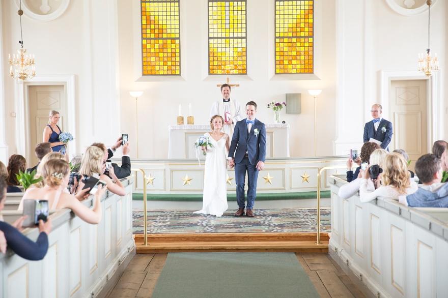 Bröllop i Markaryds Kyrka - Vacker kyrka i markaryd, fotograf markaryd