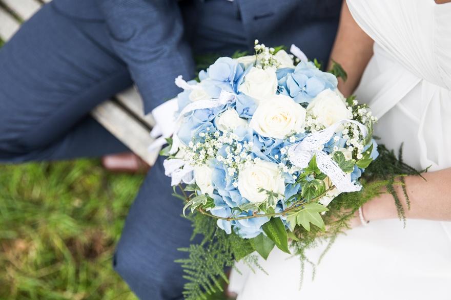 Fotograf emy fotograferar ditt bröllop i markaryd och knäred - Bröllopsfotograf markaryd och knäred