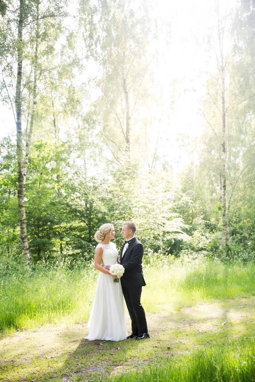Bröllopsfotograf Halmstad & Laholm. Bröllopsfotograf Emy. Som fotograf fotograferar jag gärna ditt bröllop.