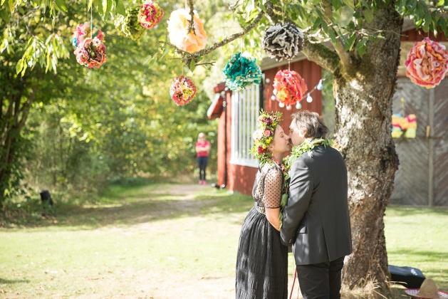 Bröllop på vallåsens världshus, bröllopsfotografering med fotograf emy