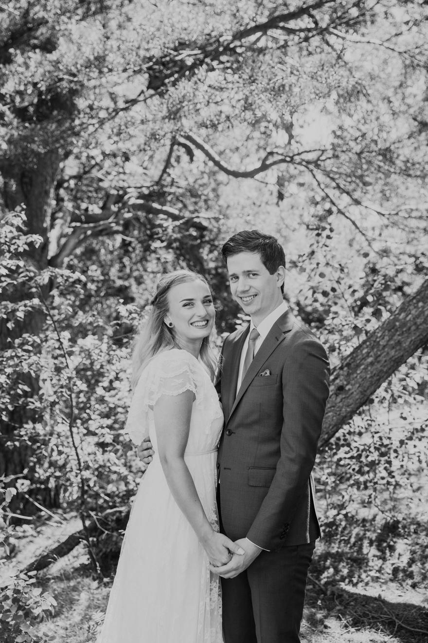 Bröllopsfotografering med halmstads bästa bröllopsfotograf - fotograf emy halmstad