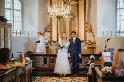 fotograf emy jobbar som bröllopsfotograf i halsmtad- fotograf halmstad