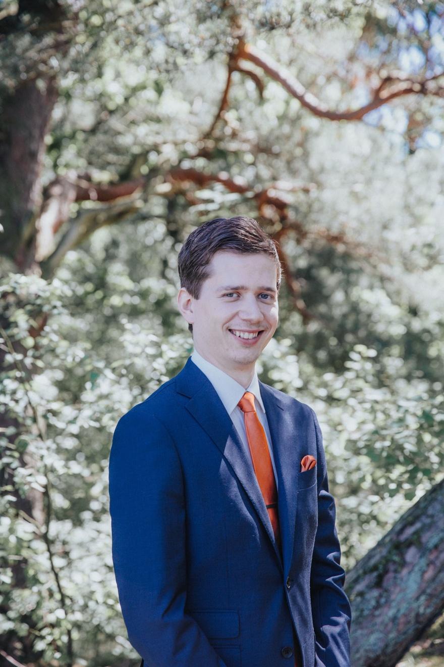 bröllopsfotograf som fotograferar dina bröllopsbilder - fotograf emy halmstad