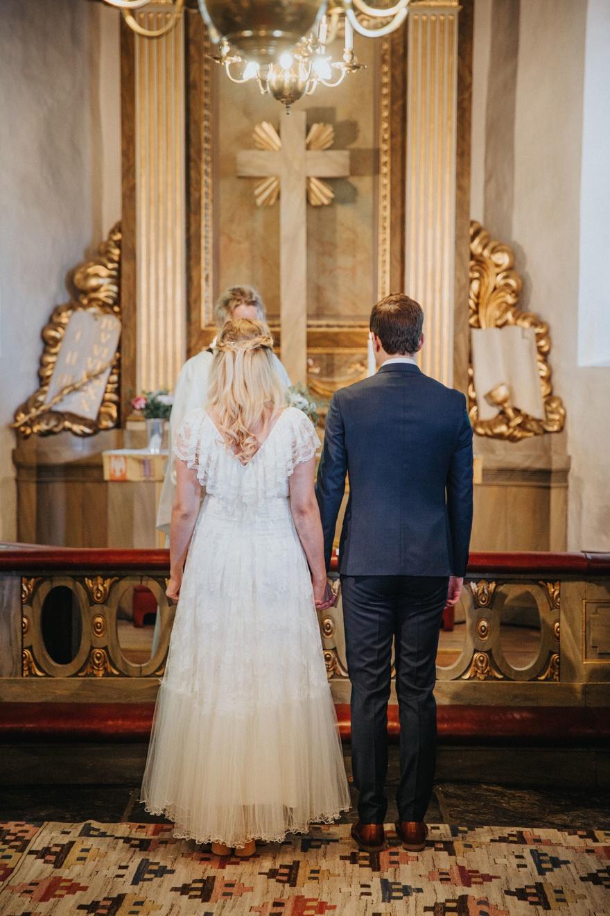 Bröllopsfotograf ifrån halmstad som gärna fotograferar din vigsel på ditt bröllop i halmstad