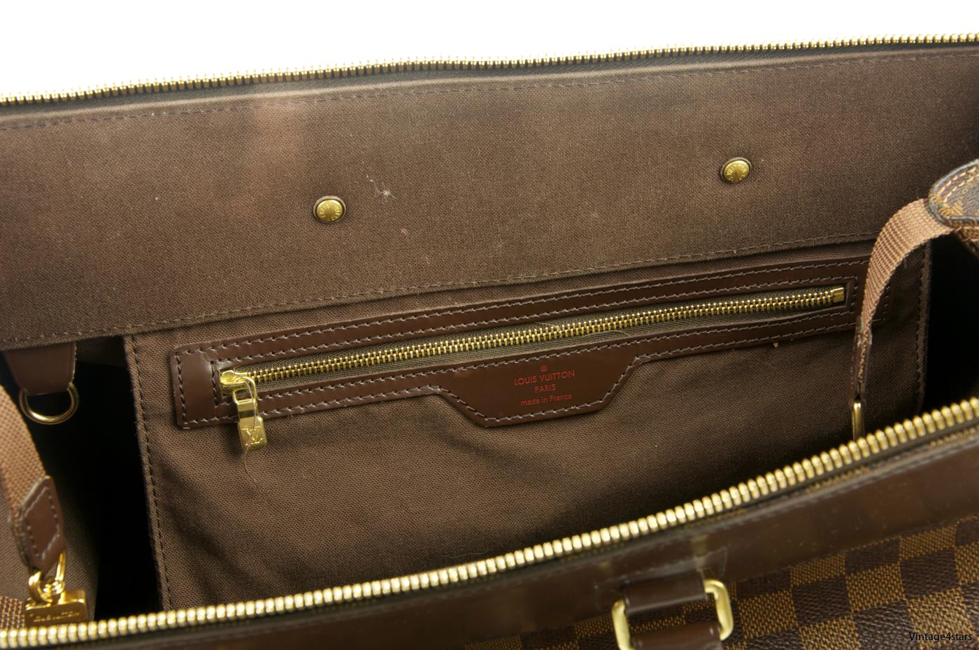 Louis Vuitton Greenwich PM 11