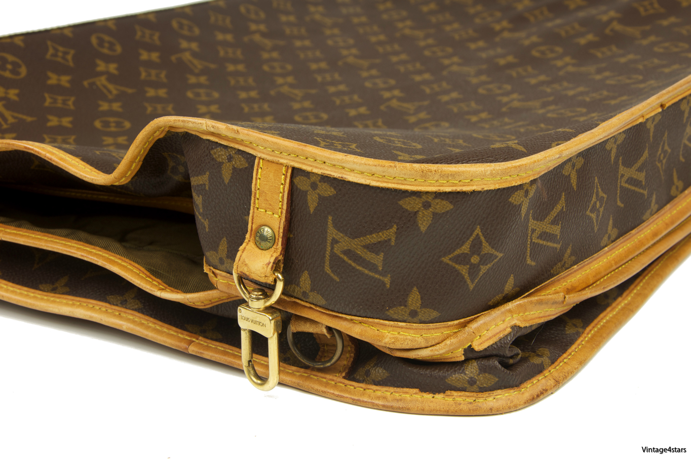 Louis Vuitton Garment Bag 3 Hangers 13