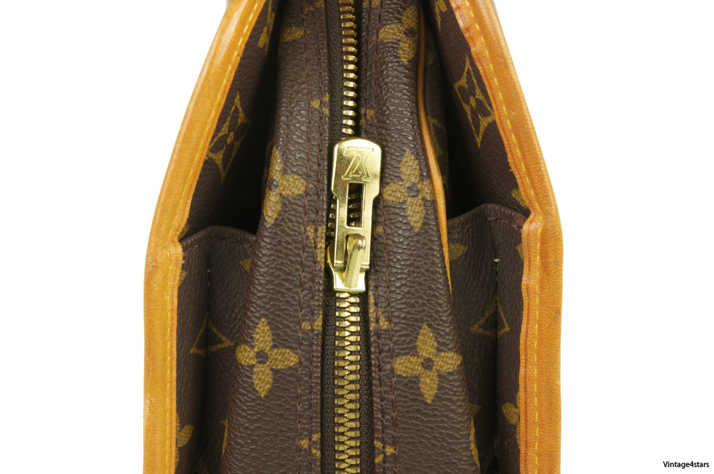 Louis Vuitton Rivoli Monogram 106