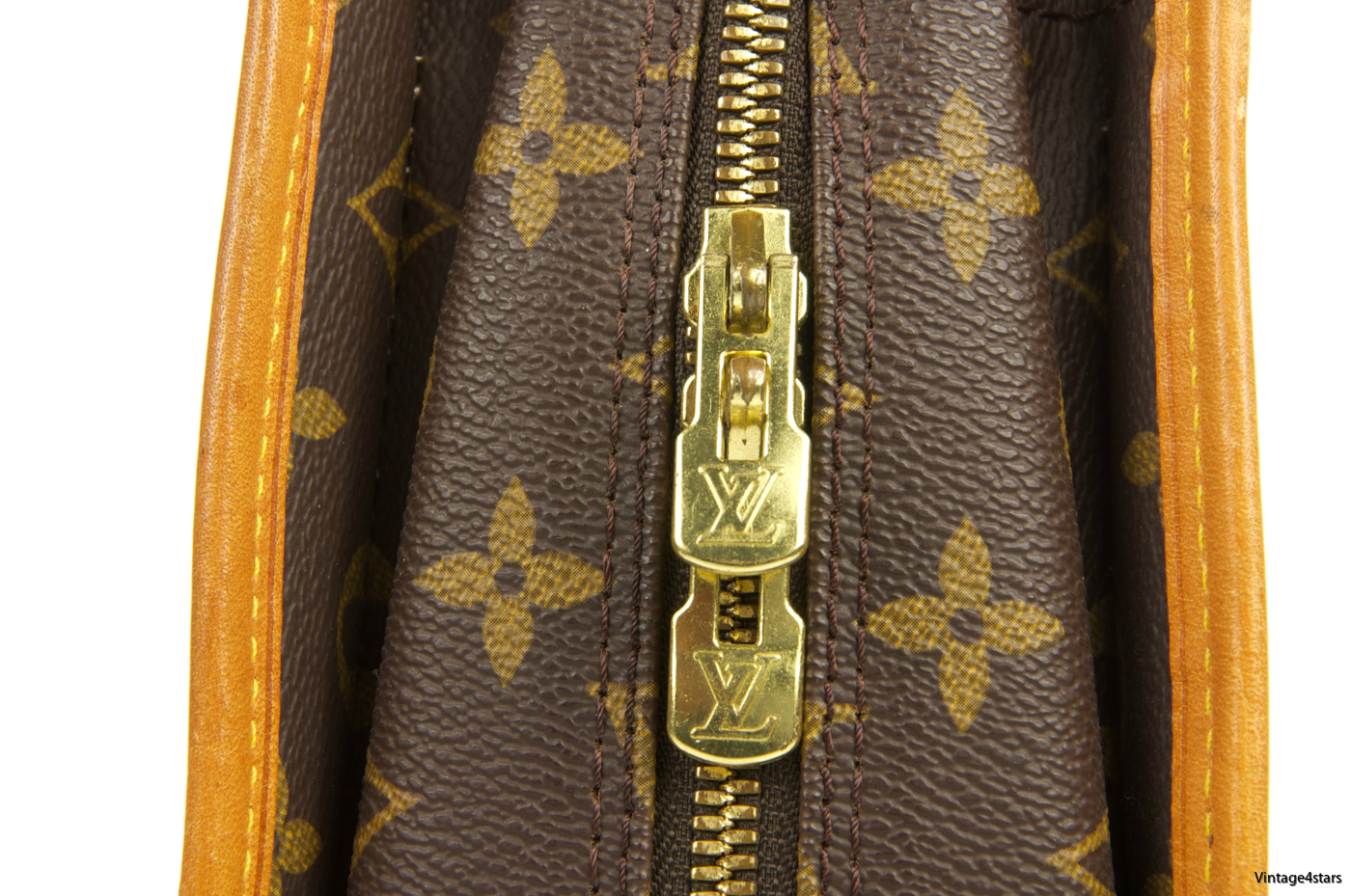 Louis Vuitton Rivoli Monogram 126