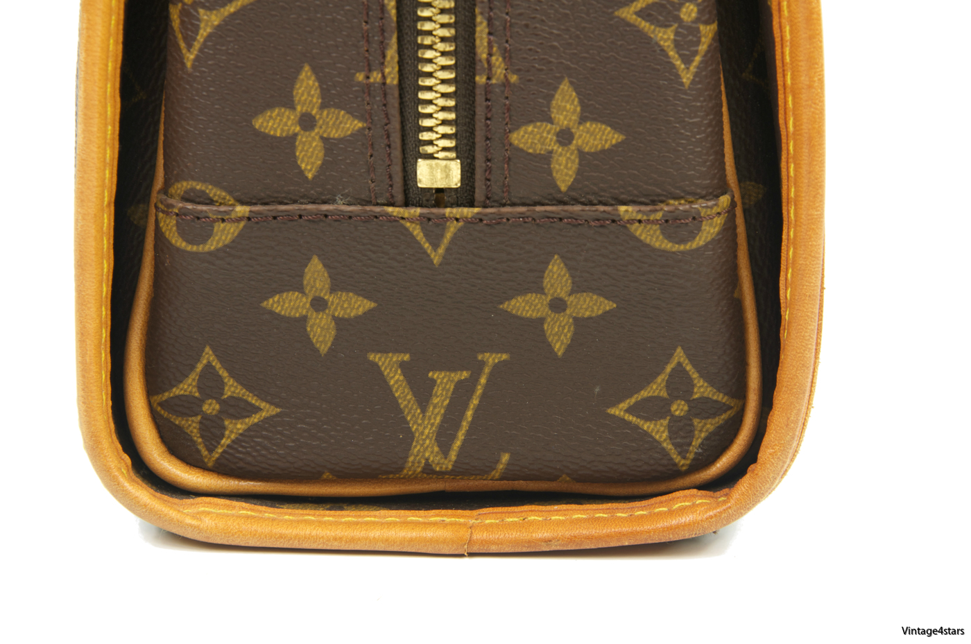 Louis Vuitton Rivoli Monogram 108