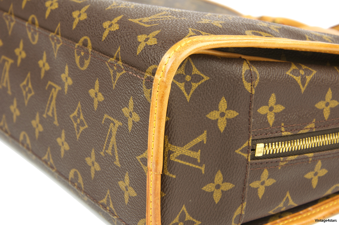 Louis Vuitton Rivoli Monogram 112
