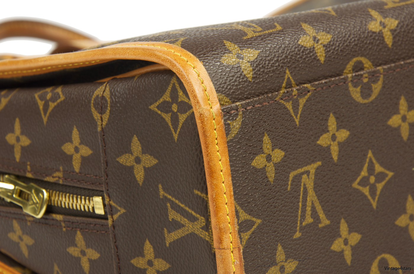 Louis Vuitton Rivoli Monogram 113