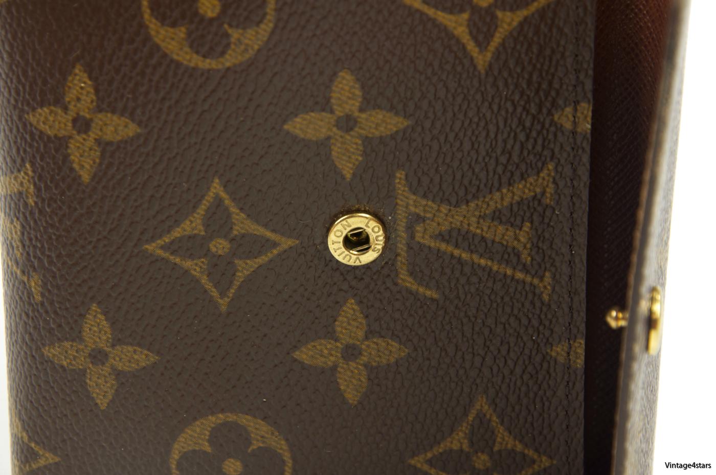 Louis Vuitton Portefeiulle Elise Trifold 210