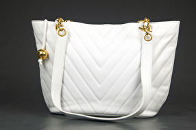CHANEL Caviar Tote White Chevron