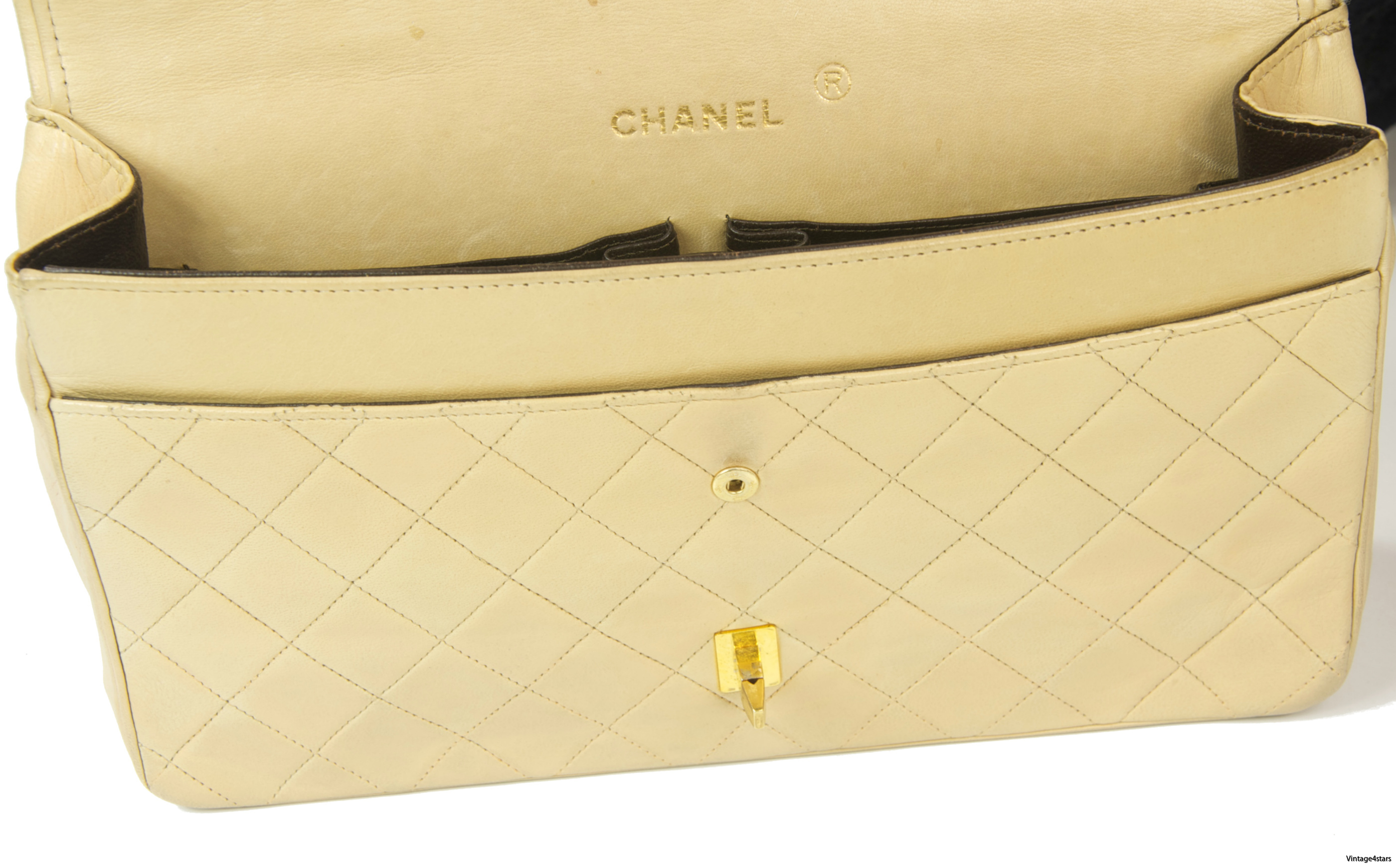 CHANEL Double Flap Beige 17