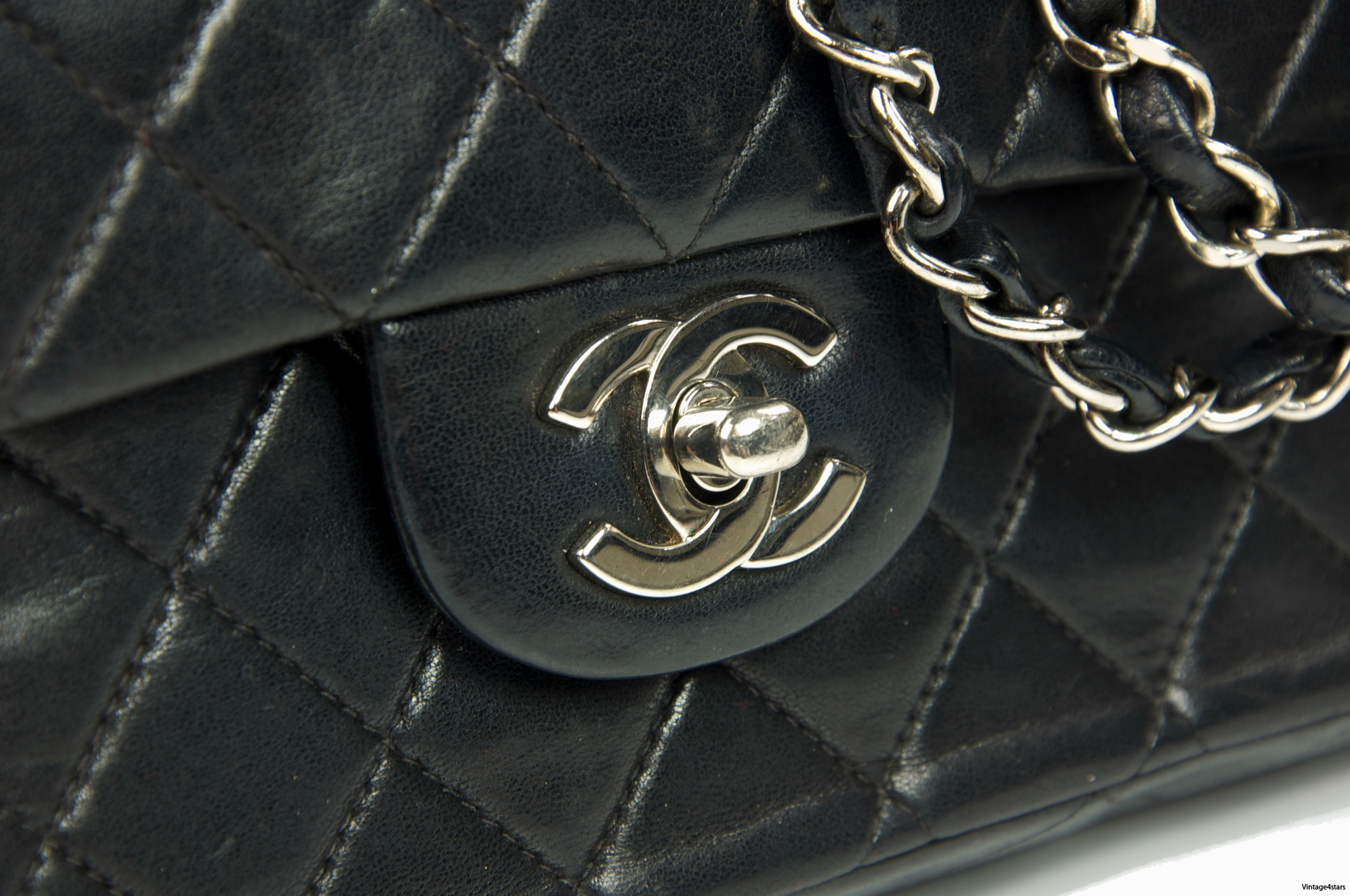 CHANEL Double Flap SHW 009